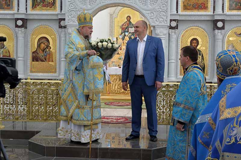 В новом Богоявленском кафедральном соборе 1 сентября прошла Божественная литургия