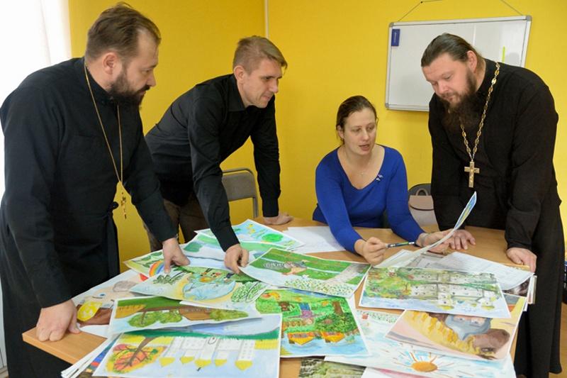 В Клинцах подвели итоги епархиального детского конкурса «Красота божьего мира»