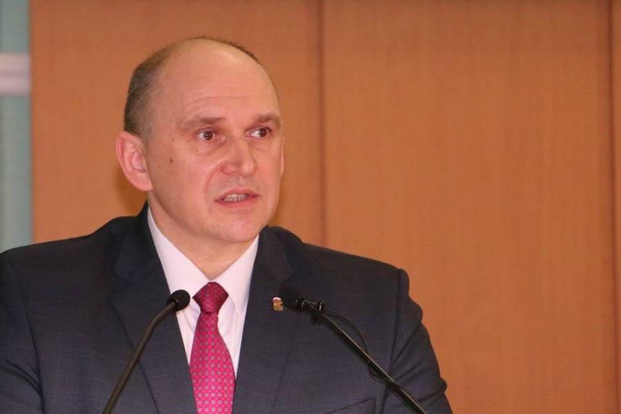 Виталий Беляй сообщил, что в бюджет Брянской области на следующий заложены средства для повышения соцвыплат