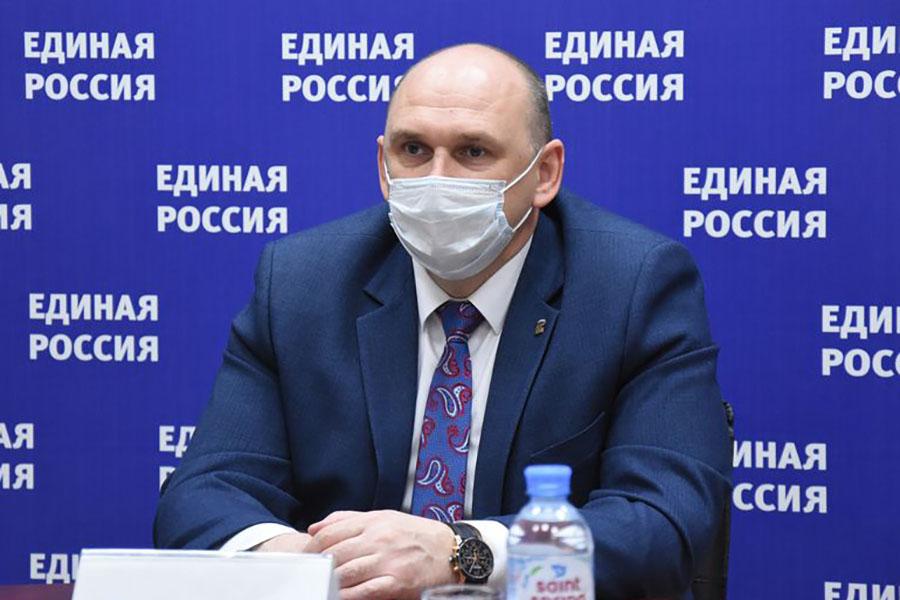 Вице-спикер Брянской облдумы рассказал про законопроект о гаражной амнистии