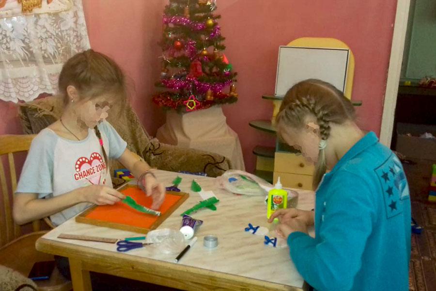 В Социальном приюте для детей и подростков Клинцовского района открылась Мастерская Деда Мороза