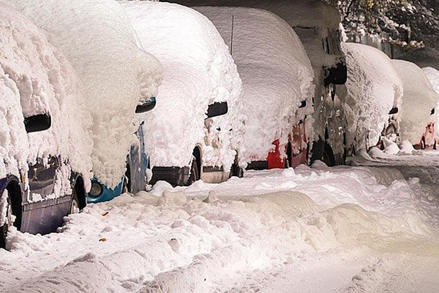 Завтра, 12 февраля, Брянскую область накроет метель и заметет снегом
