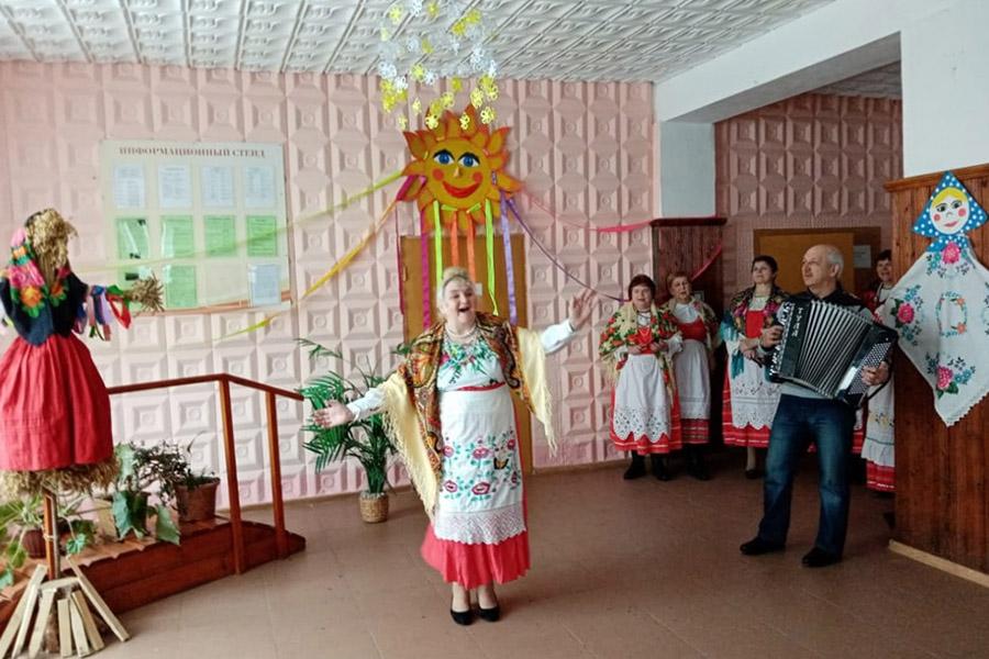В селах Клинцовского района отпраздновали Масленицу по традициям предков