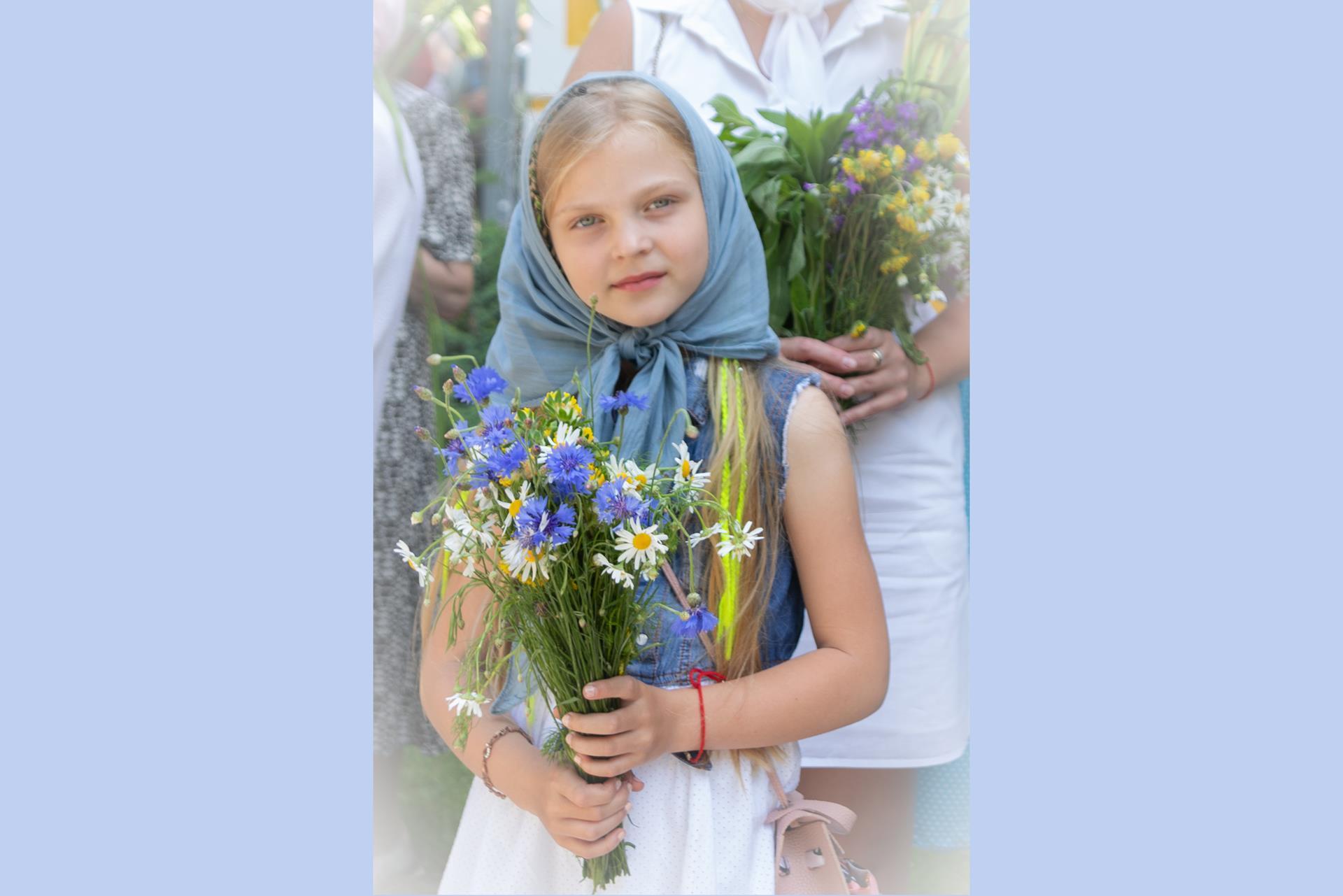 В Клинцах православноверующие отмечают Святую Троицу