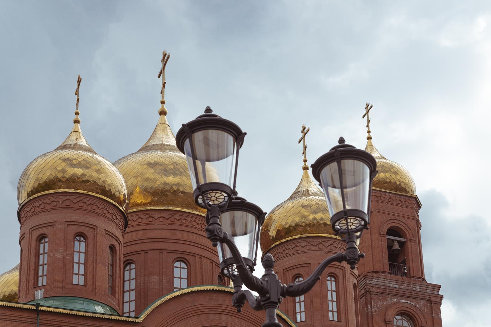Интересно. Помнит ли кто, какие «пейзажи» открывались здесь совсем недавно жителям и гостям Клинцов?