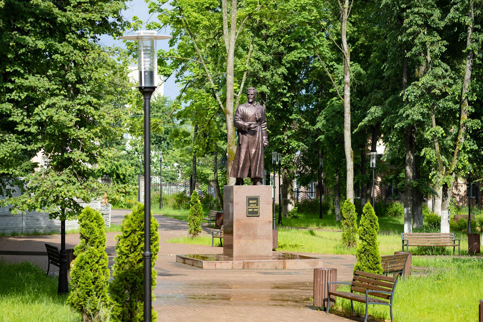 А как вы думаете: правильно ли, что в Клинцах общественную территорию – сквер имени Н.Щорса – в 2019 году благоустроили?