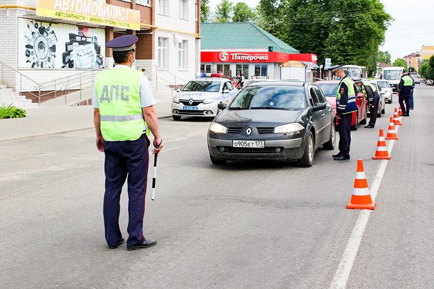 В выходные дни Госавтоинспекция города Клинцы усилит контроль за участниками дорожного движения