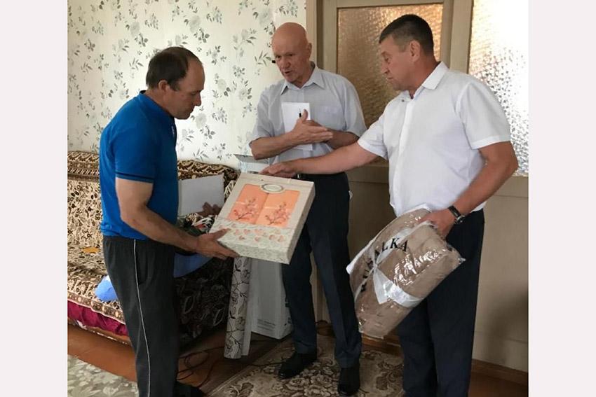 Воин-интернационалист, который из-за пожара остался без дома, получил поддержку от депутатов Брянской областной Думы