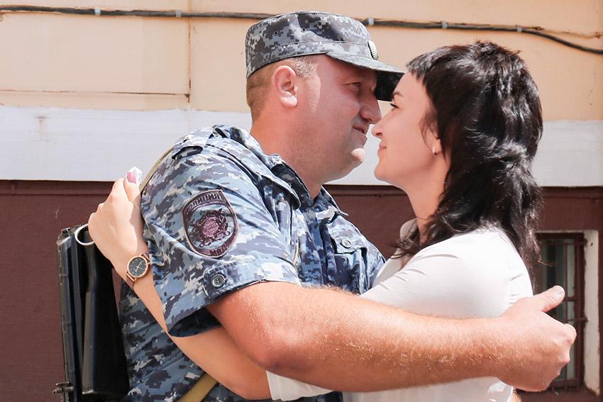 Сводный отряд брянских полицейских вернулся из длительной служебной командировки в Северо-Кавказский регион
