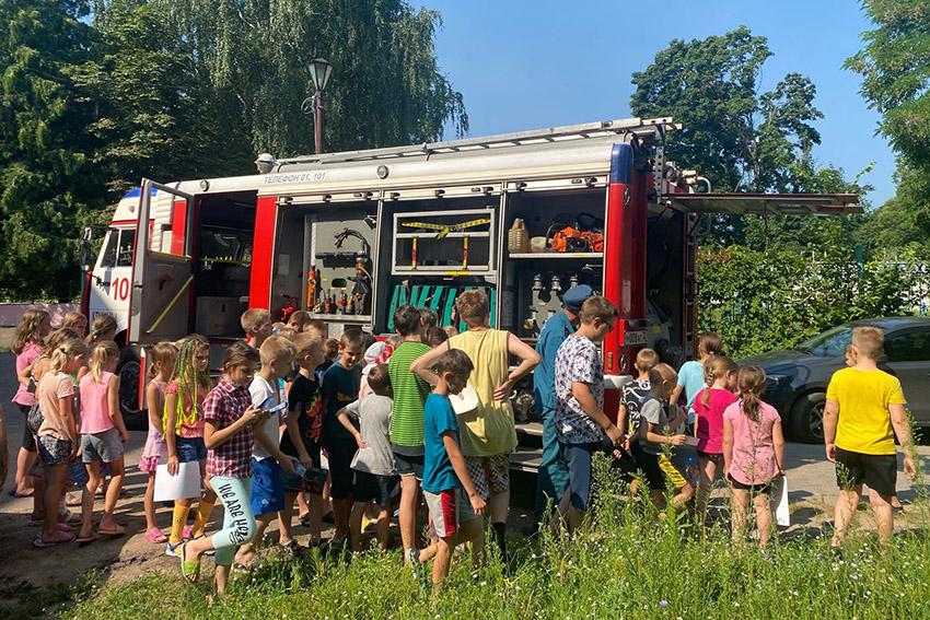 В оздоровительных детских лагерях и здравницах Клинцов и Клинцовского района продолжается проведение Дней безопасности