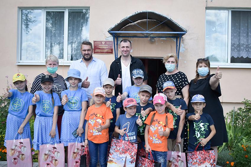 Виталий Фридзон побывал в гостях у воспитанников Социального приюта для детей и подростков Клинцовского района