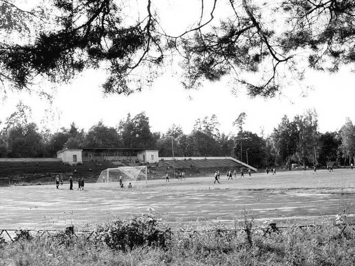 Все раздевалки и душевые на стадионе «Труд» в Клинцах будут отапливаться и обеспечиваться горячей водой