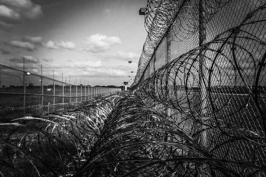 Клинцовский районный суд приговорил наркозакладчика к 6 годам лишения свободы