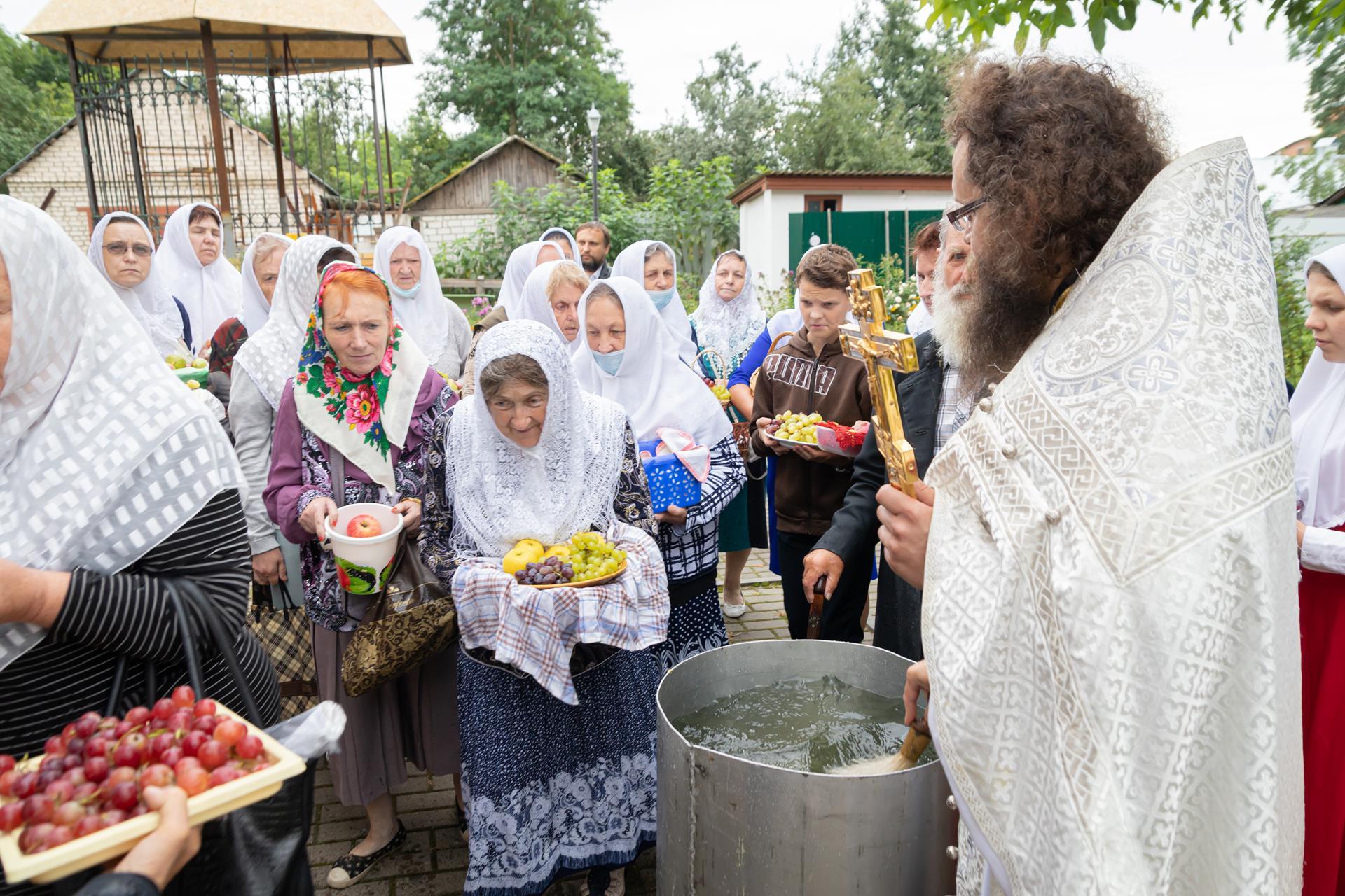 Старообрядцы в Клинцах отметили престольный праздник старообрядческого Спасо-Преображенского храма