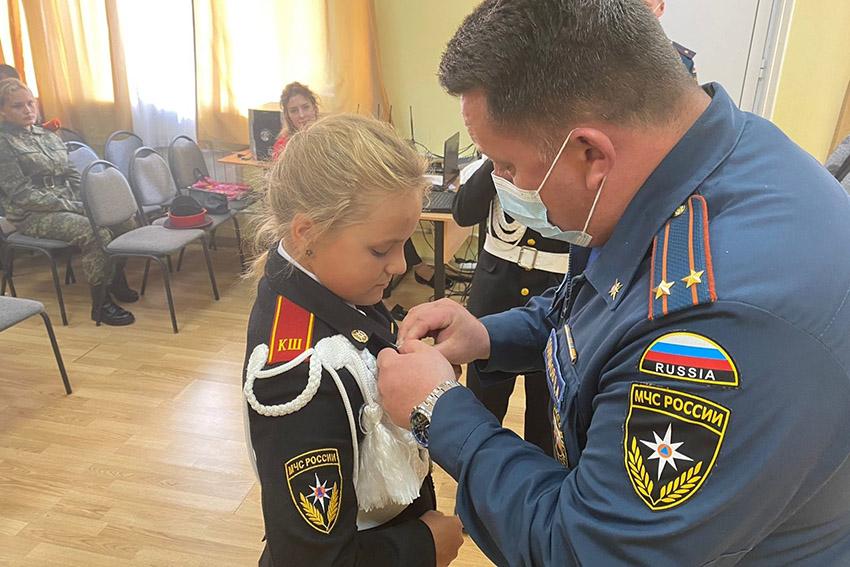 В Клинцовской кадетской школе «Юный спасатель» имени героя Советского союза С.И. Постевого сегодня, 8 сентября, гость из Брянска провел урок безопасности