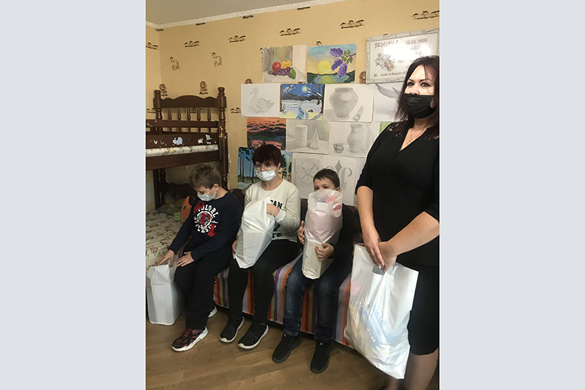 В Клинцах проводится благотворительная акция «Семья — семье»