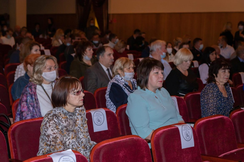 В Клинцах прошло торжественное награждение и концерт в честь Дня города